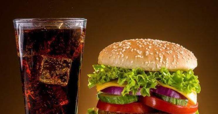 """杯热牛奶:KFC、麦当劳的""""隐藏菜单"""",看懂之后,再吃就不会觉得亏本了"""